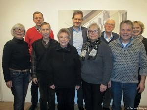 Der neue Vorstand 1.R.v.l.: Ursula Goldschmidt-Karcisky, Klaus Füsslin, Ursula Buss, Monika Lang-Dahlke, Bertold Krieger 2.R.v.l.: Jürgen Bolder, Justus Kampp, Ludwig von Hamm, Loretta Lorenz