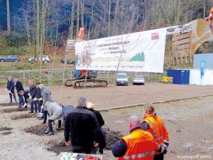 05-02-Spatenstich-Baubeginn--c-Ludwig-von-Hamm